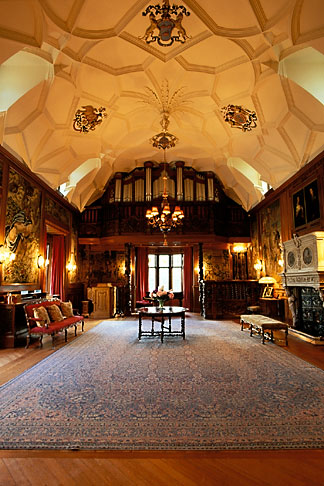 image 1-531-49 Scotland, Aberdeenshire, Fyvie Castle, Great Hall