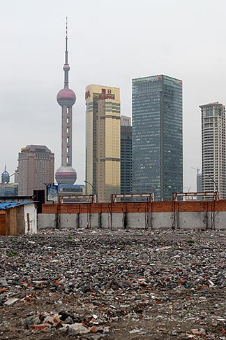 image 7-620-3542 China, Shanghai, Empty lot with Pudong skyline