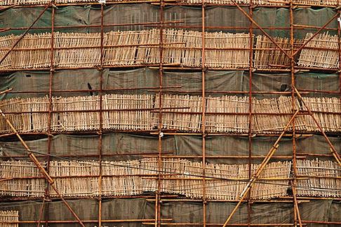 image 7-620-4317 China, Shanghai, Bamboo scaffolding