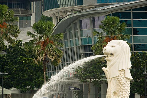 image 7-680-4565 Singapore, Merlion statue