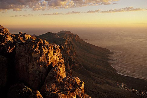 image 1-425-36 South Africa, Cape Town, Table Mountain summit at dusk