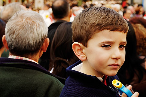 image S4-545-673 Spain, Madrid, Young boy in crowd