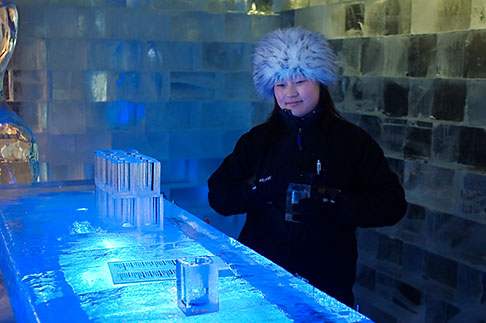 image 5-720-3940 Sweden, Stockholm, Nordic Light Hotel, Absolut Ice Bar