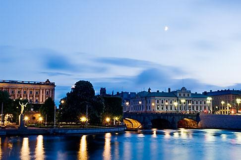 image 5-720-4232 Sweden, Stockholm, River at night