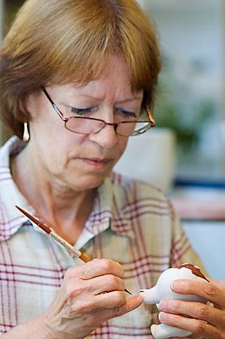 image 5-720-6754 Sweden, Gustavsberg, Artisan painting porcelain