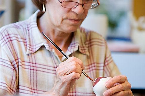 image 5-720-6756 Sweden, Gustavsberg, Artisan painting porcelain