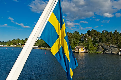 image 5-730-3317 Sweden, Stockholm Archipelago, Swedish flag