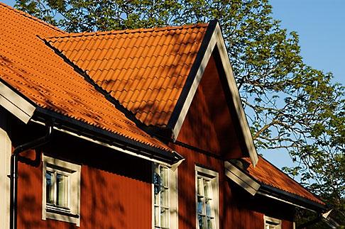 image 5-730-6225 Sweden, Grinda Island, Red summer house