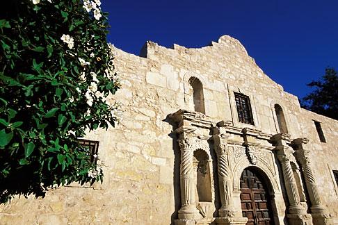 image 1-700-55 Texas, San Antonio, The Alamo