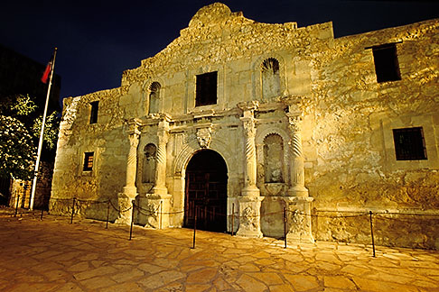 image 1-700-81 Texas, San Antonio, The Alamo