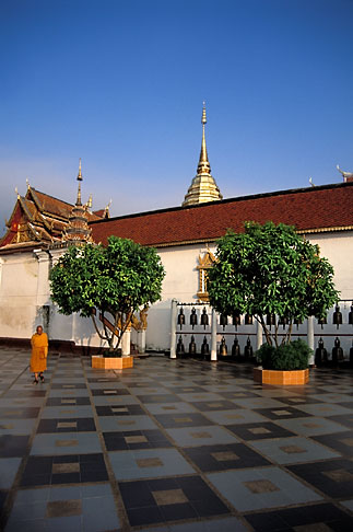 image 0-360-8 Thailand, Chiang Mai, Wat Phra That Doi Suthep