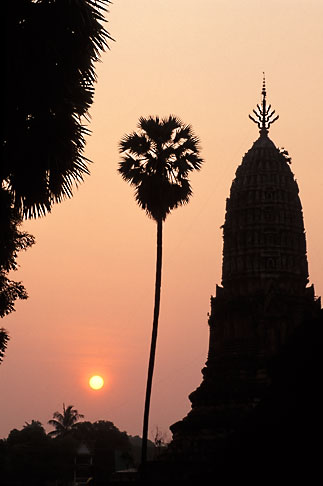 image 0-380-86 Thailand, Sukhothai, Wat Phra Si Ratanamahathat, Si Satchanalai Historical Park