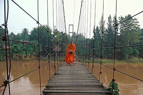 image 0-381-14 Thailand, Sukhothai, Monks on bridge, Si Satchanalai town