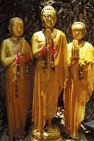 image 4-196-22 Thailand, Bangkok, Buddha statues, Golden Mount