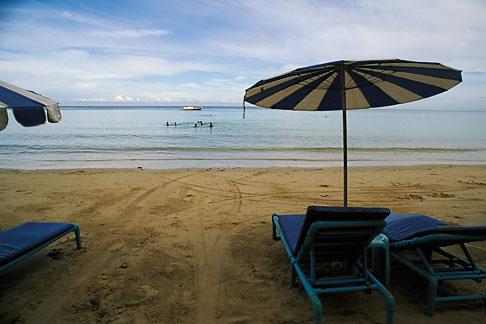 image 7-525-35 Thailand, Phuket, Umbrellas, Nai Yang Beach