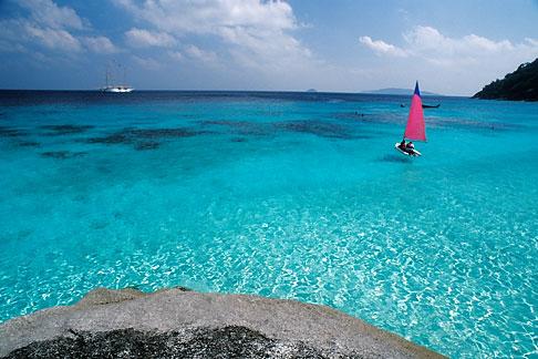 image 7-542-12 Thailand, Similan Islands, Sailing