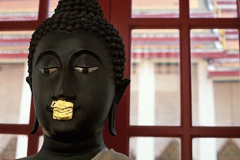 image S3-101-16 Thailand, Bangkok, Buddha Statue