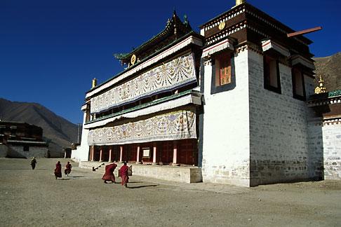 image 4-127-24 Tibet, Labrang Tibetan Buddhist Monastery, Xiahe