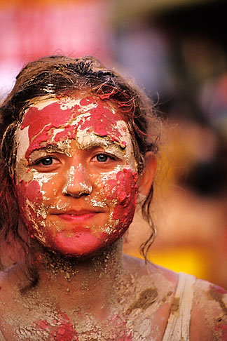 image 8-139-8 Trinidad, Carnival, Jour Ouvert JOuvert