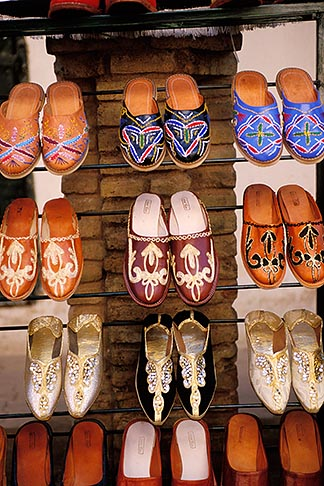 image 3-1100-101 Tunisia, Tozeur, Shoes in market