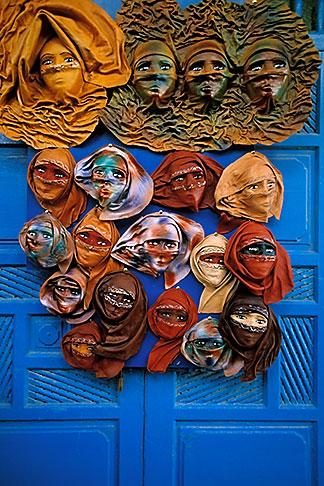image 3-1100-2 Tunisia, Sidi Bou Said, Masks