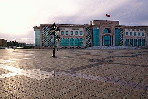 image 3-1100-74 Tunisia, Tunis, Place de la Kasbah