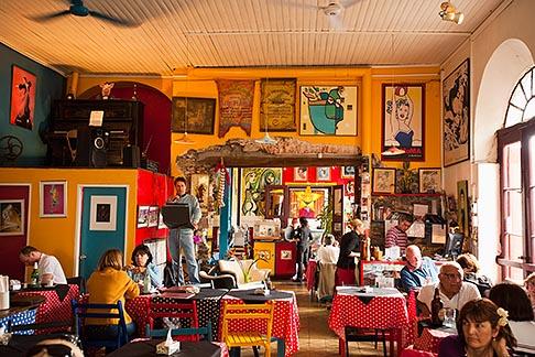 image 8-802-4345 Uruguay, Colonia del Sacramento, Restaurant interior