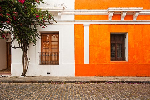 image 8-802-4425 Uruguay, Colonia del Sacramento, Orange and white painted historic facades