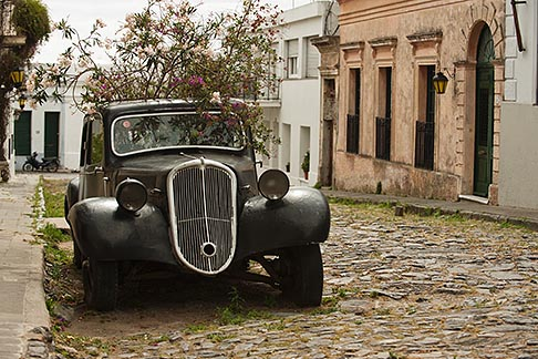 image 8-803-4799 Uruguay, Colonia del Sacramento, Abandoned antique automobile on cobbled street