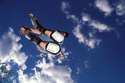 image 6-243-7 Recreation, Rollerblader in air