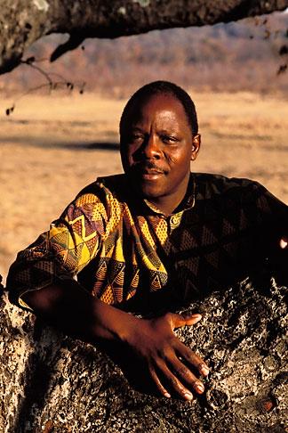 image 7-430-1 Zimbabwe, Zambezi National Park, Staff, Matetsi Game Lodge