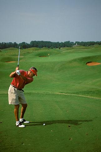 image 2-557-75 Alabama, Robert Trent Jones Golf Trail, Prattville, Capitol Hill, 13th hole, Senator