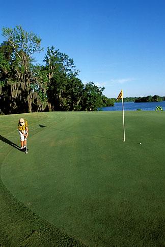 image 2-565-20 Alabama, Robert Trent Jones Golf Trail, Prattville, Capitol Hill, 1st hole, Judge