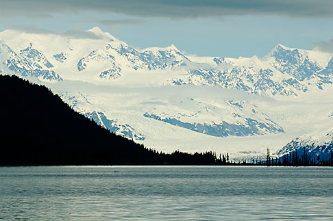 image 5-650-379 Alaska, Prince WIlliam Sound, Mountains and glacier