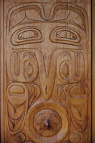 image 7-176-3 Alaska, Juneau, Tlingit carving
