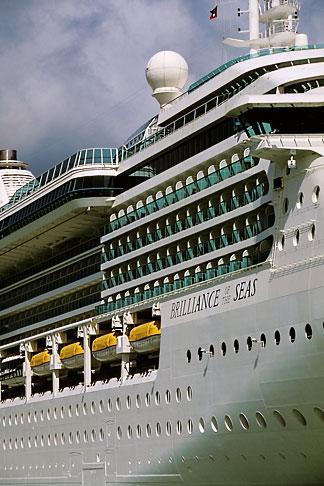 image 4-601-84 Antigua, St Johns, Cruise ship at dock