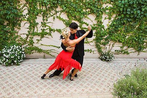image 8-801-5547 Argentina, Buenos Aires, Tango dancers