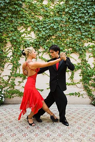 image 8-801-5557 Argentina, Buenos Aires, Tango dancers