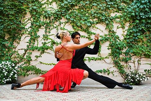 image 8-801-5603 Argentina, Buenos Aires, Tango dancers
