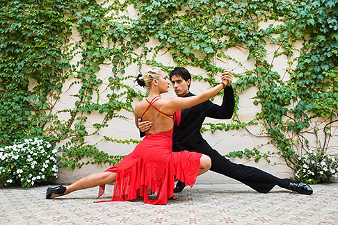 image 8-801-5605 Argentina, Buenos Aires, Tango dancers
