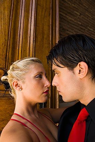 image 8-801-5665 Argentina, Buenos Aires, Tango dancers