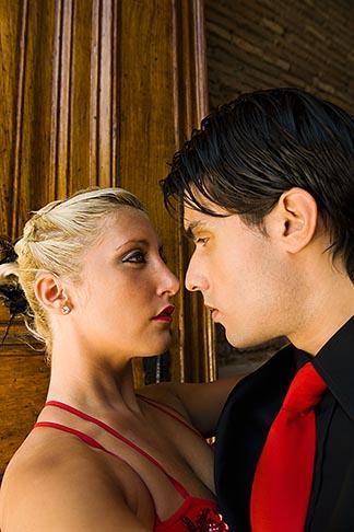 image 8-801-5667 Argentina, Buenos Aires, Tango dancers