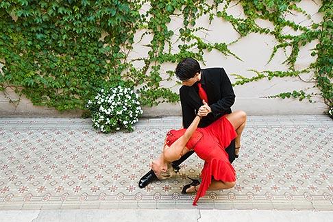 image 8-801-5672 Argentina, Buenos Aires, Tango dancers