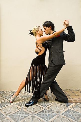 image 8-801-5854 Argentina, Buenos Aires, Tango dancers