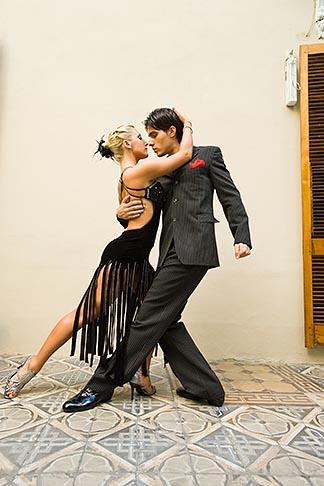 image 8-801-5856 Argentina, Buenos Aires, Tango dancers