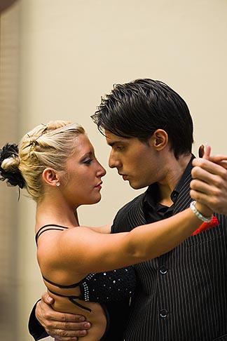 image 8-801-5864 Argentina, Buenos Aires, Tango dancers