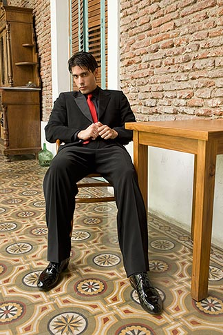 image S8-451-10460 Argentina, Buenos Aires, Tango dancer, solo portrait, young man seated