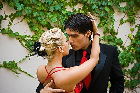 image S8-451-10627 Argentina, Buenos Aires, Tango dancers
