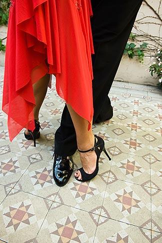 image S8-451-10791 Argentina, Buenos Aires, Tango dancers, feet, closeup