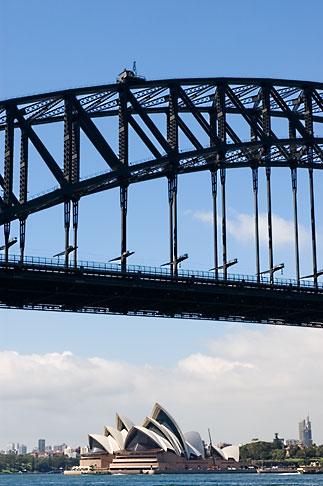 image 5-600-1482 Australia, Sydney, Sydney Harbour Bridge